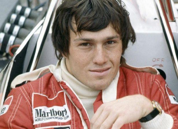 Andrea de Cesaris el piloto con mayor número de carreras sin ganar