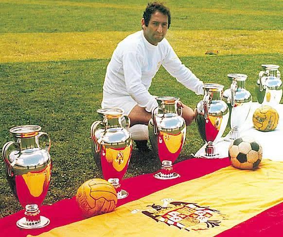 Paco Gento el hombre que ha ganado más Copas de Europa