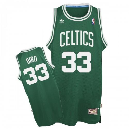 Bird visitante Celtics
