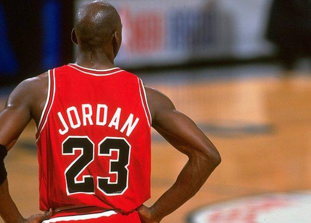Los números de camiseta de Michael Jordan