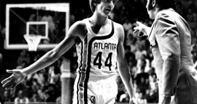 Pete Maravich 44