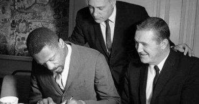 Bill Russell primer entrenador negro NBA
