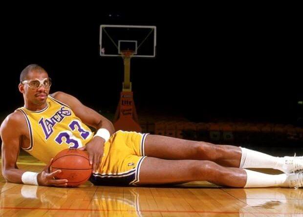 Kareem Abdul Jabbar es el jugador que ha ganado más partidos en la historia de la NBA