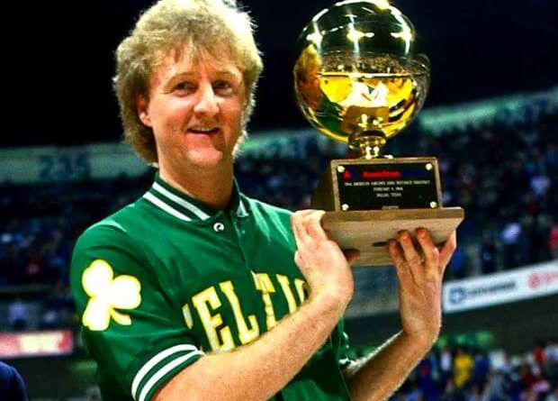 Larry Bird el rey del triple