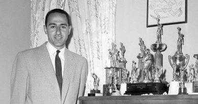 Jack Molinas trofeos
