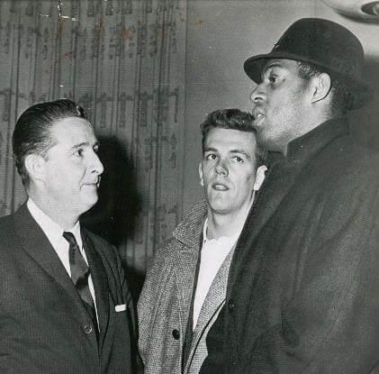 Bob Short, Rod Hundley y Elgin Baylor